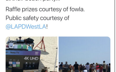 8/19/18 – FOWLA provides raffle prizes at West LAPD Beach Party